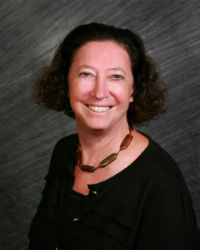 Elizabeth Ozer
